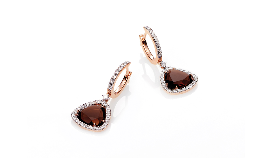 <p>18kt pink gold earrings with smoky quartz and diamonds</p>