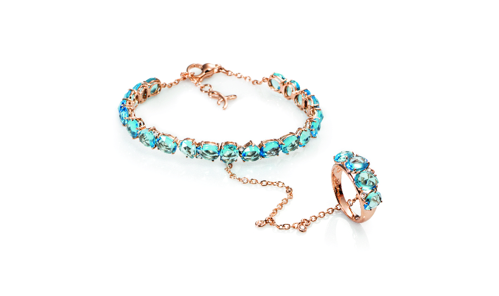 18kt pink gold Bracelet with blue topaz and diamonds