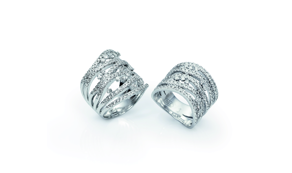 18kt white gold rings with white diamonds