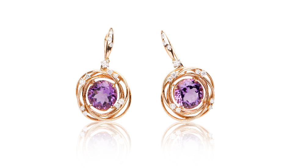 <p>18kt pink gold earrings with amethyst and diamonds</p>